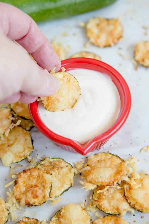 Keto Snacks - Parmesan Zucchini Crisps