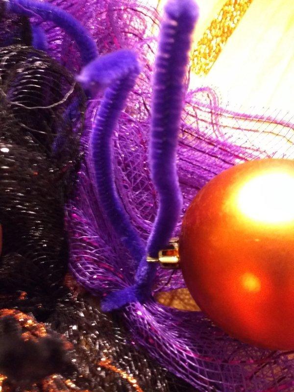 Deco Mesh Halloween Wreath Attaching Ornaments